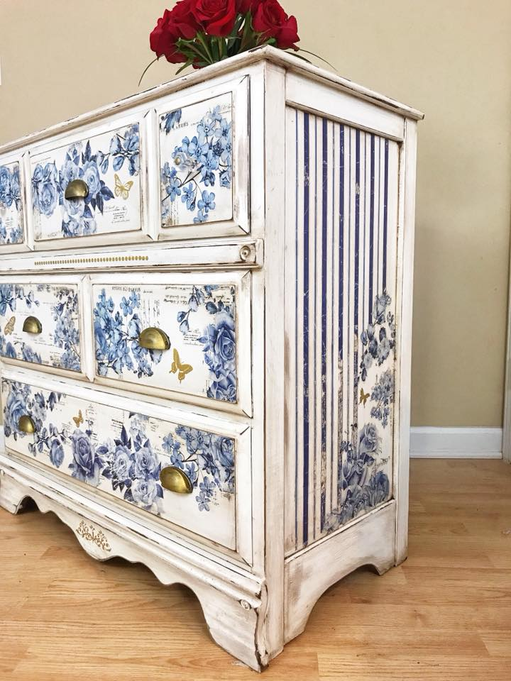Another fabulous example of her use of transfers! Mixing the blue florals in with the white Decor Transfer was genius. It helped compliment the background color and added interest to the overall design. And we love how she kept the warm wood tones on the inside too. Such a classy piece!