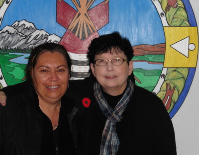 Robyn Williams, left, made a wealth of academic and community contacts during her month-long visit to Alberta, thanks to Dorothy Badry, associate professor in the Faculty of Social Work.  Photo courtesy of Dorothy Badry