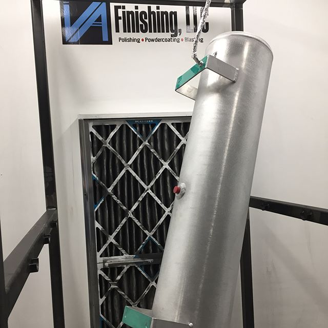 Air tank done in metallic bronze and clear coated for a friend. Really like the color! Hit us up for a new look! @va_finishing  #powdercoat #bronze #airlift #tank #vafinishing