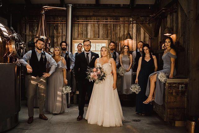 This is wedding party was 🔥🔥🔥!! Congratulations Emke & Riley 💕