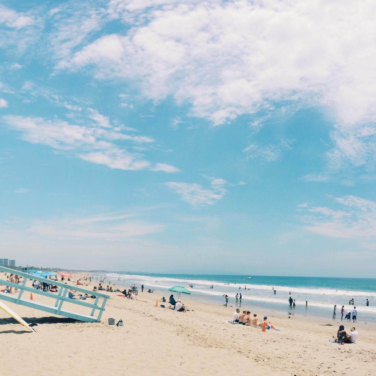 beach-839998_1920.jpg