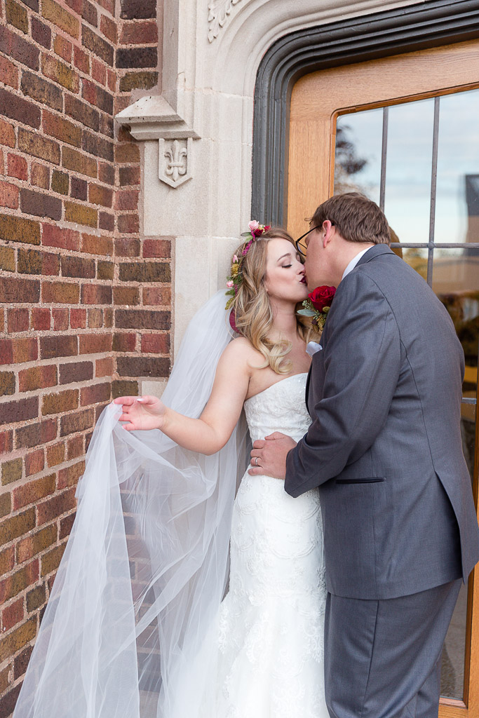 The Howard Oshkosh Wedding Photographer-197.jpg