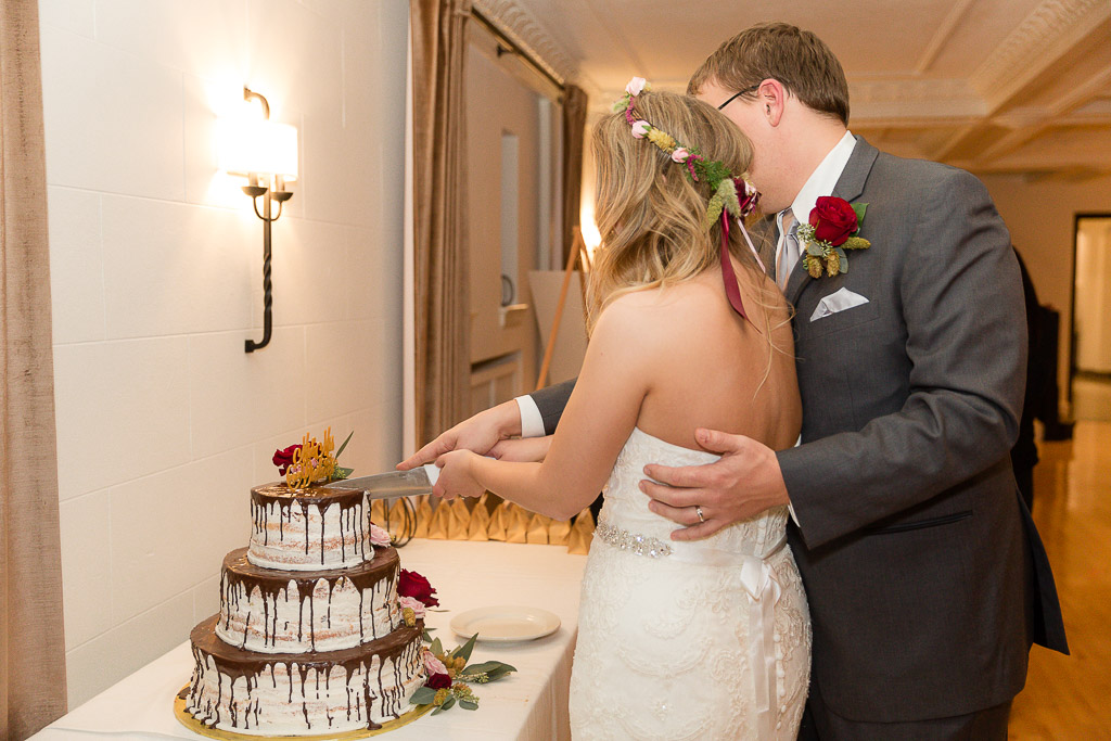 The Howard Oshkosh Wedding Photographer-205.jpg