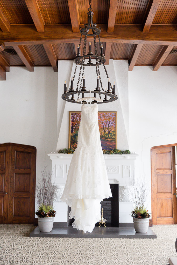The Howard Oshkosh Wedding Photographer-6.jpg