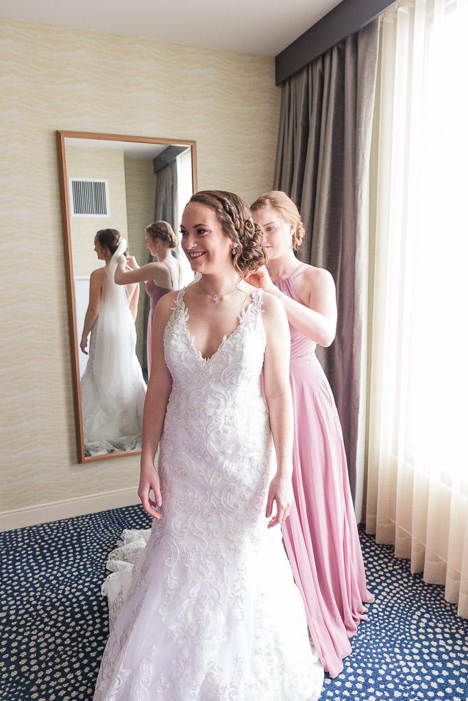 Gundrum Wedding - Sara June Photography-127.jpg