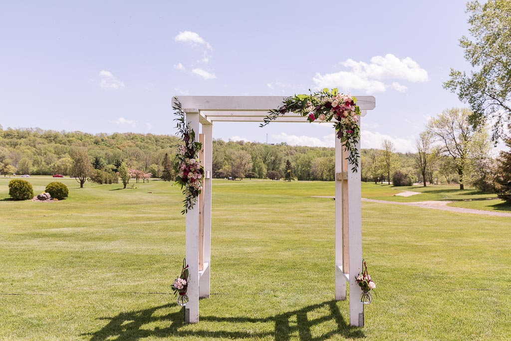 Beth & Noah Wedding - Sara June Photography-40.jpg