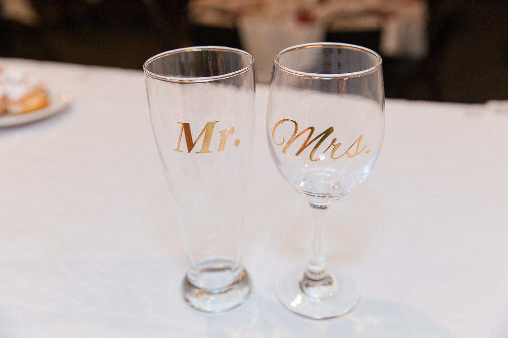 wedding glasses, mr and mrs glasses, wedding speeches, wedding traditions, modern weddings, modern brides, modern wedding, wisconsin weddings, wisconsin wedding photographer, wedding tips, wedding photography, modern bride, modern wedding wisconsin, modern speeches, modern traditions, modern wedding traditions, wedding speech games, wedding games, luxury wedding photographer wisconsin, speech tips, wedding speech tips, wedding advice, modern wedding speech, glass clinking, glass clinking alternatives, wedding manners, wedding etiquette, modern glass clinking, wedding games, modern wedding games, classic wedding games
