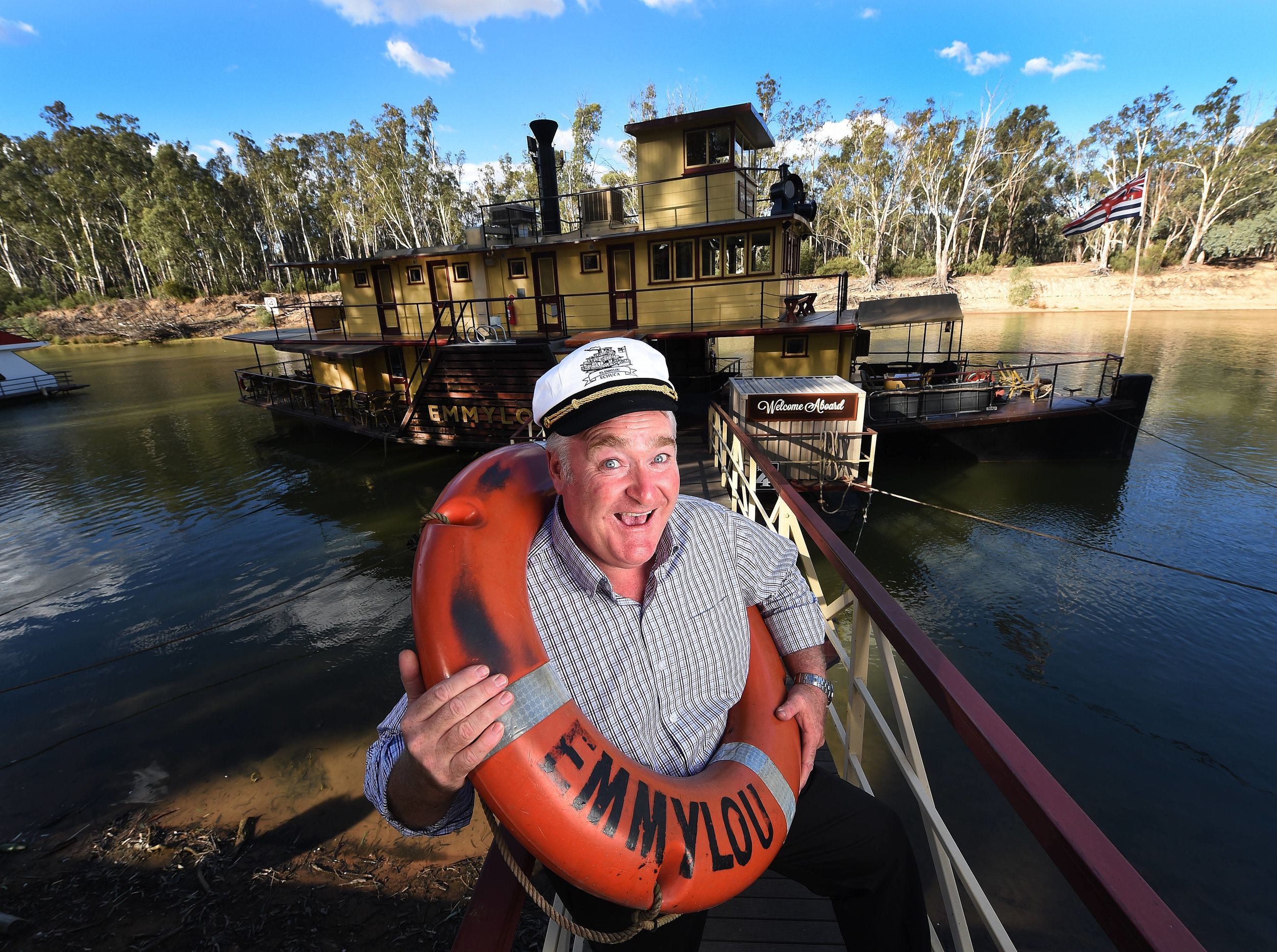 CHP_Export_133719646_Rohan Burgess who runs  Murray River PaddlesteamersPictureRob Leeson..jpg