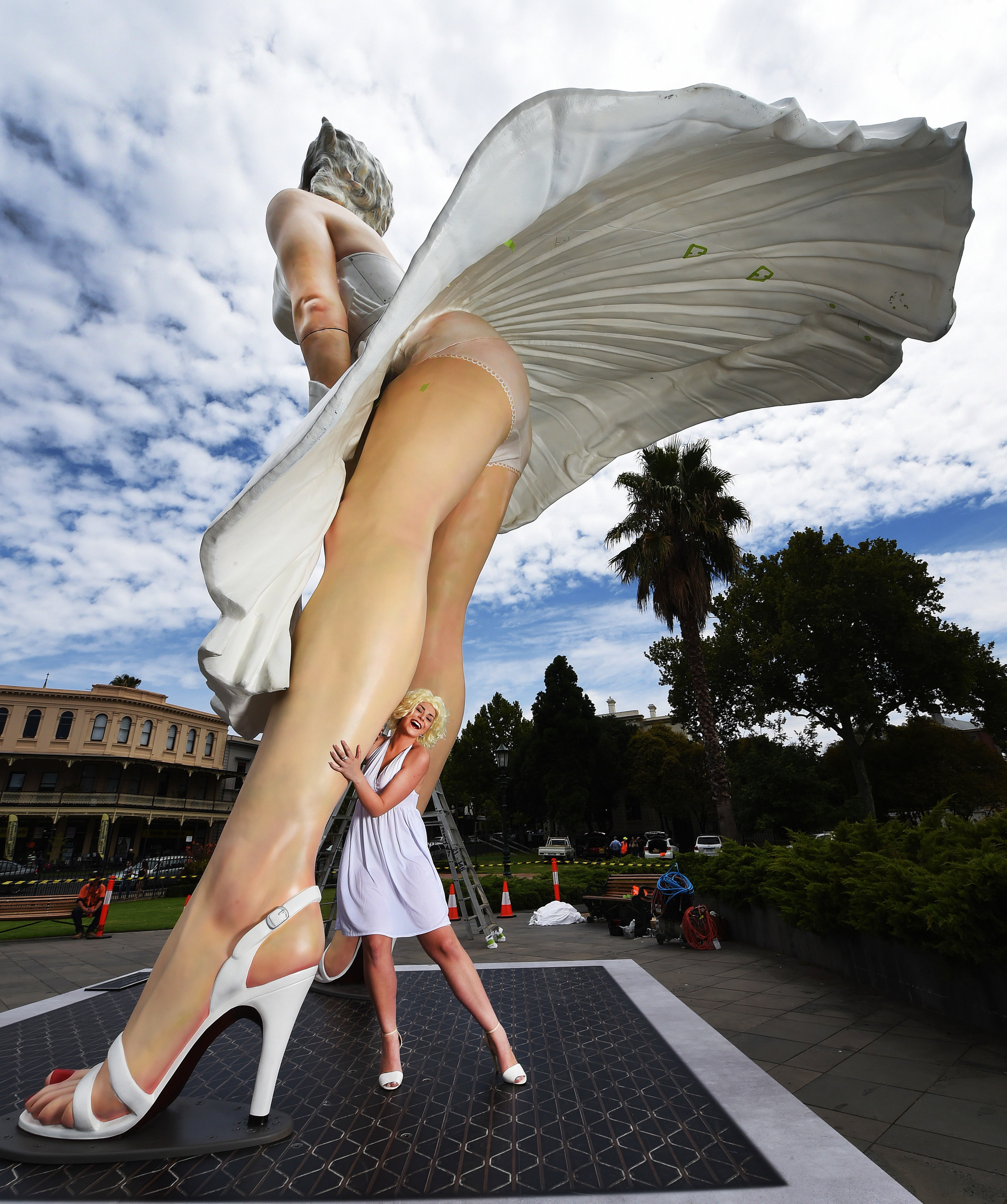 CHP_Export_132885968_Grace Phillips 17 dresses up at the dramatic eight metre high sculptur of.jpg