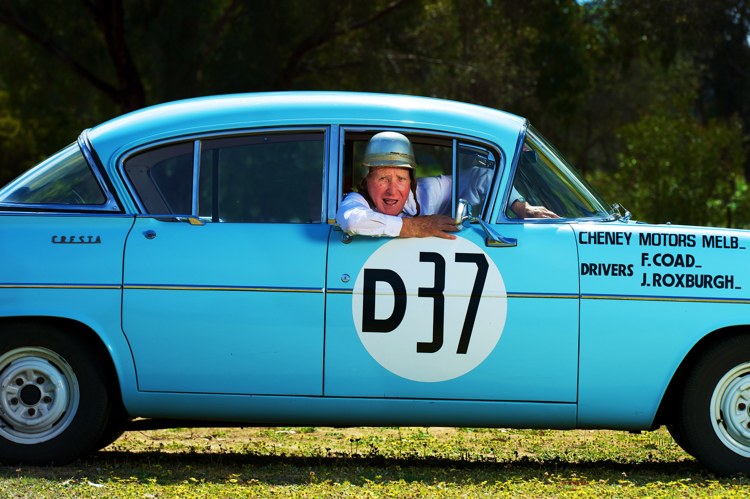 CHP_Export_96937690_Frank Coad the first ever winner of the Bathurst 1000with a replica version.jpg