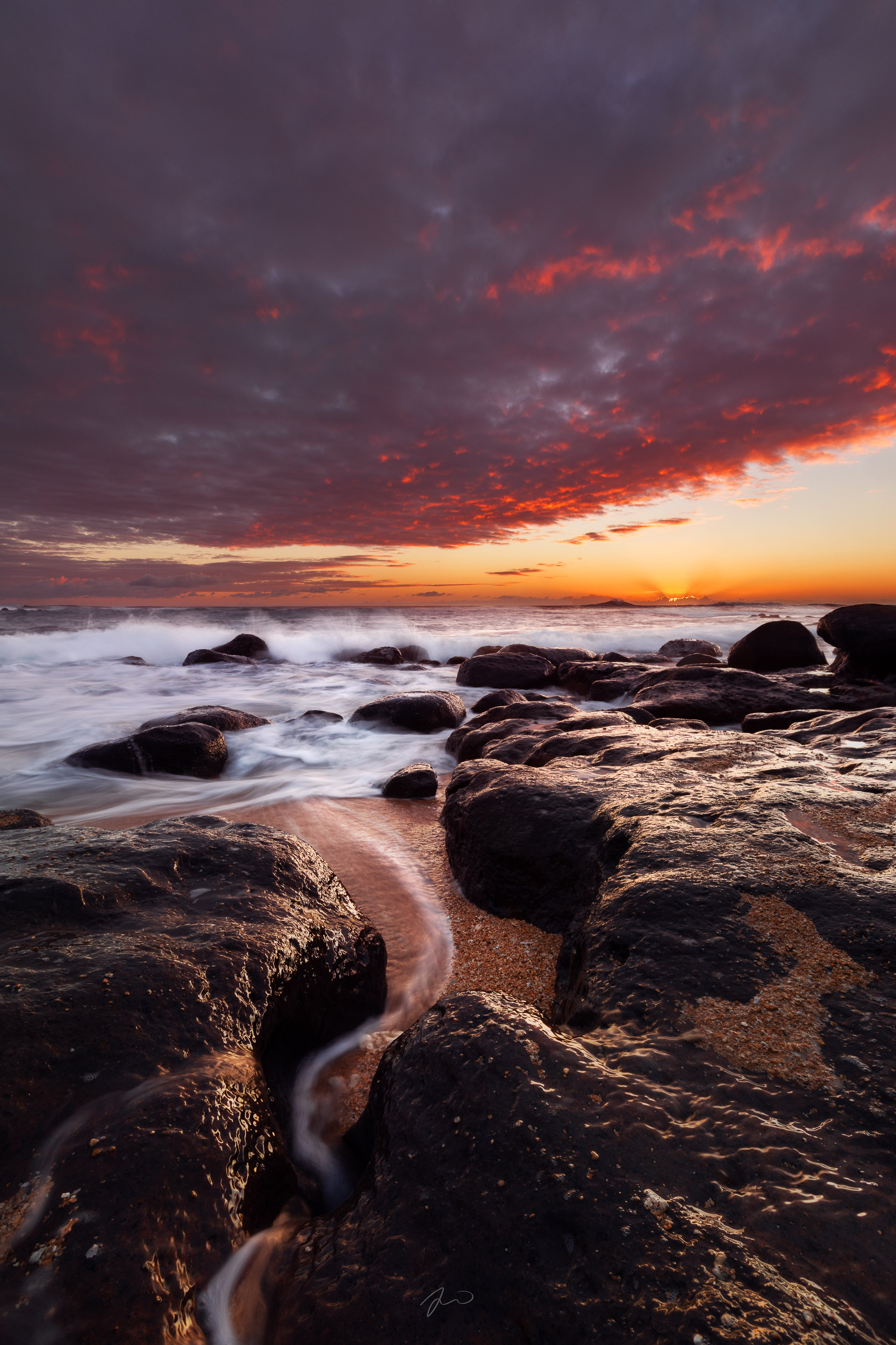 beach.sunrise.kauai-1.jpg
