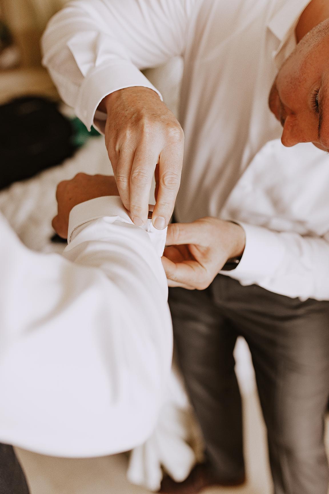 Lindsei+James_cabo_wedding_75.jpg