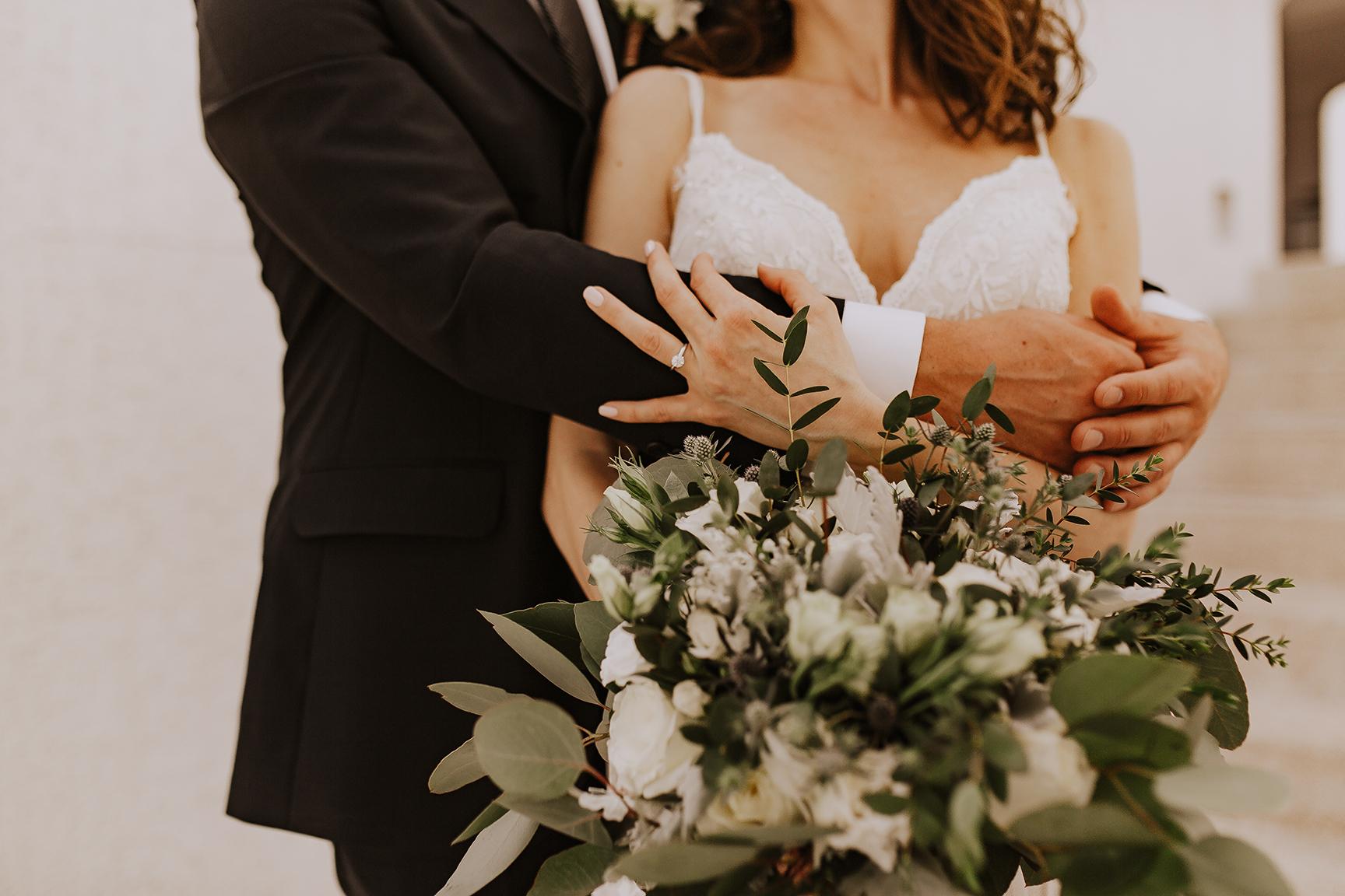 Lindsei+James_cabo_wedding_350.jpg