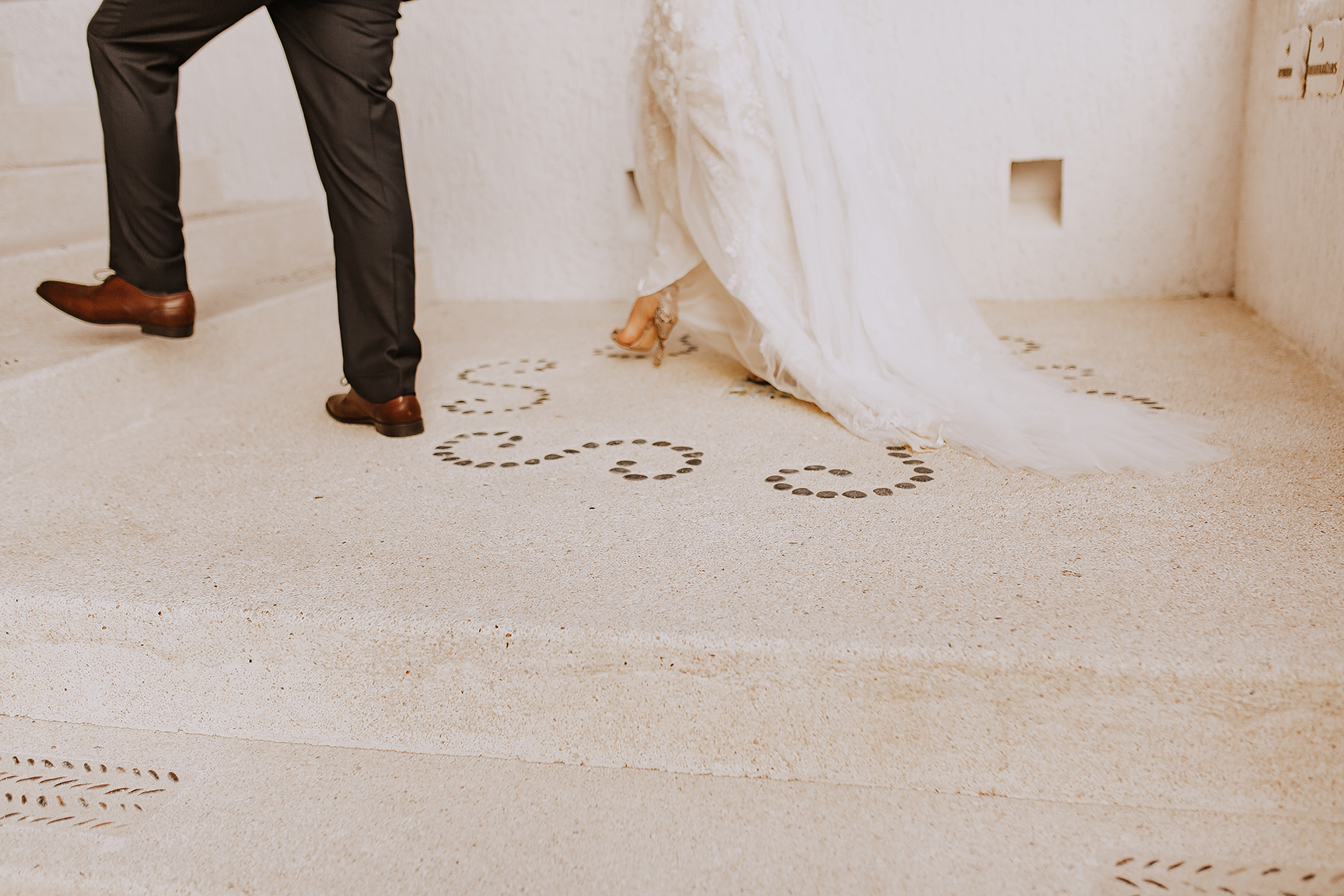 Lindsei+James_cabo_wedding_373.jpg