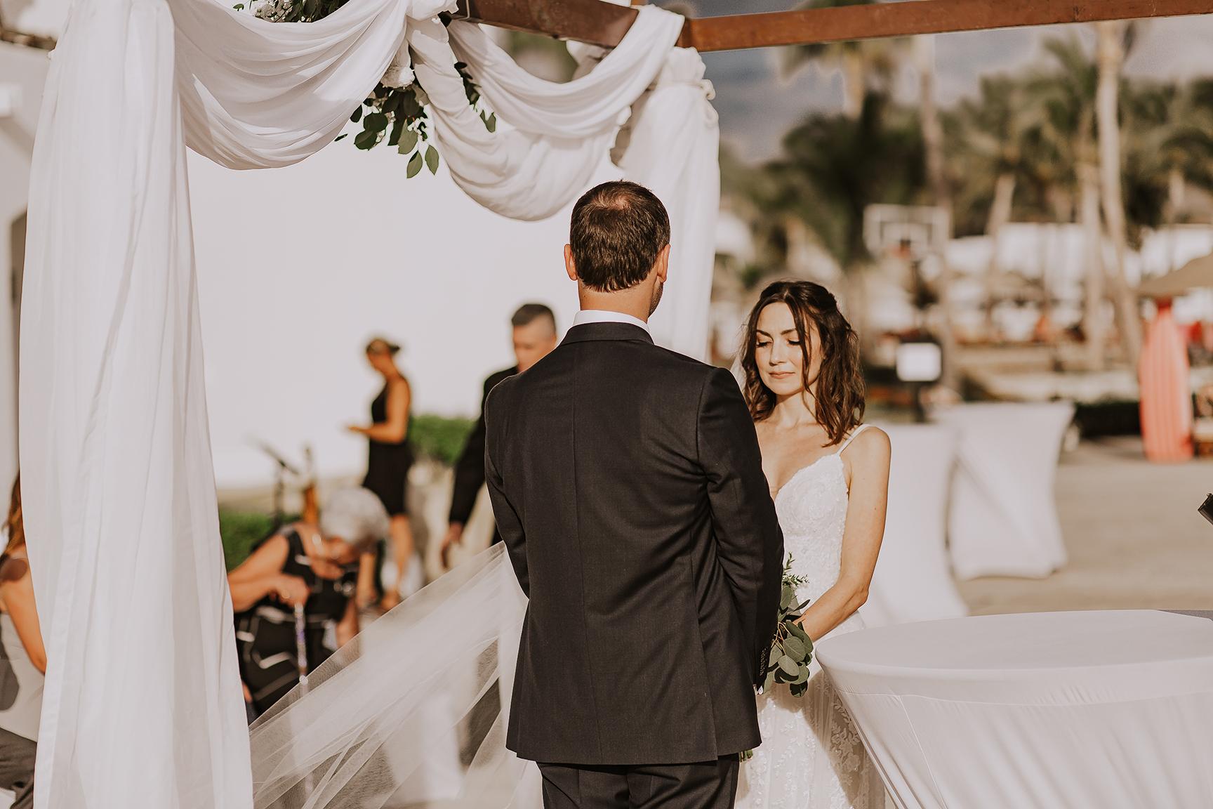 Lindsei+James_cabo_wedding_519.jpg