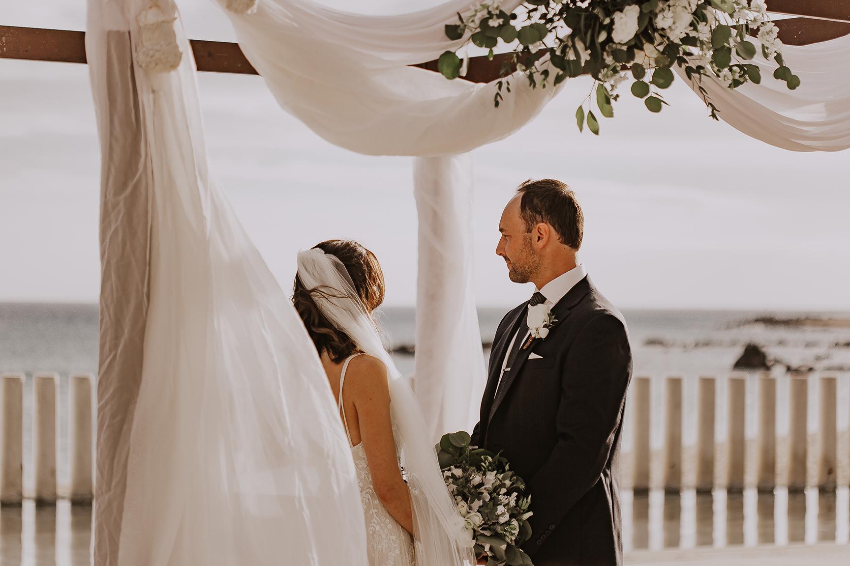 Lindsei+James_cabo_wedding_532.jpg