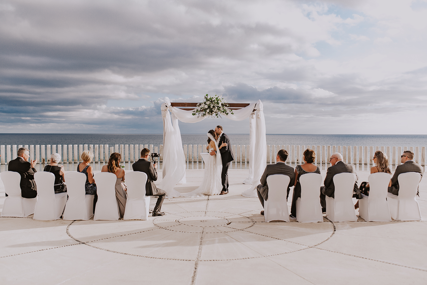 Lindsei+James_cabo_wedding_547.jpg