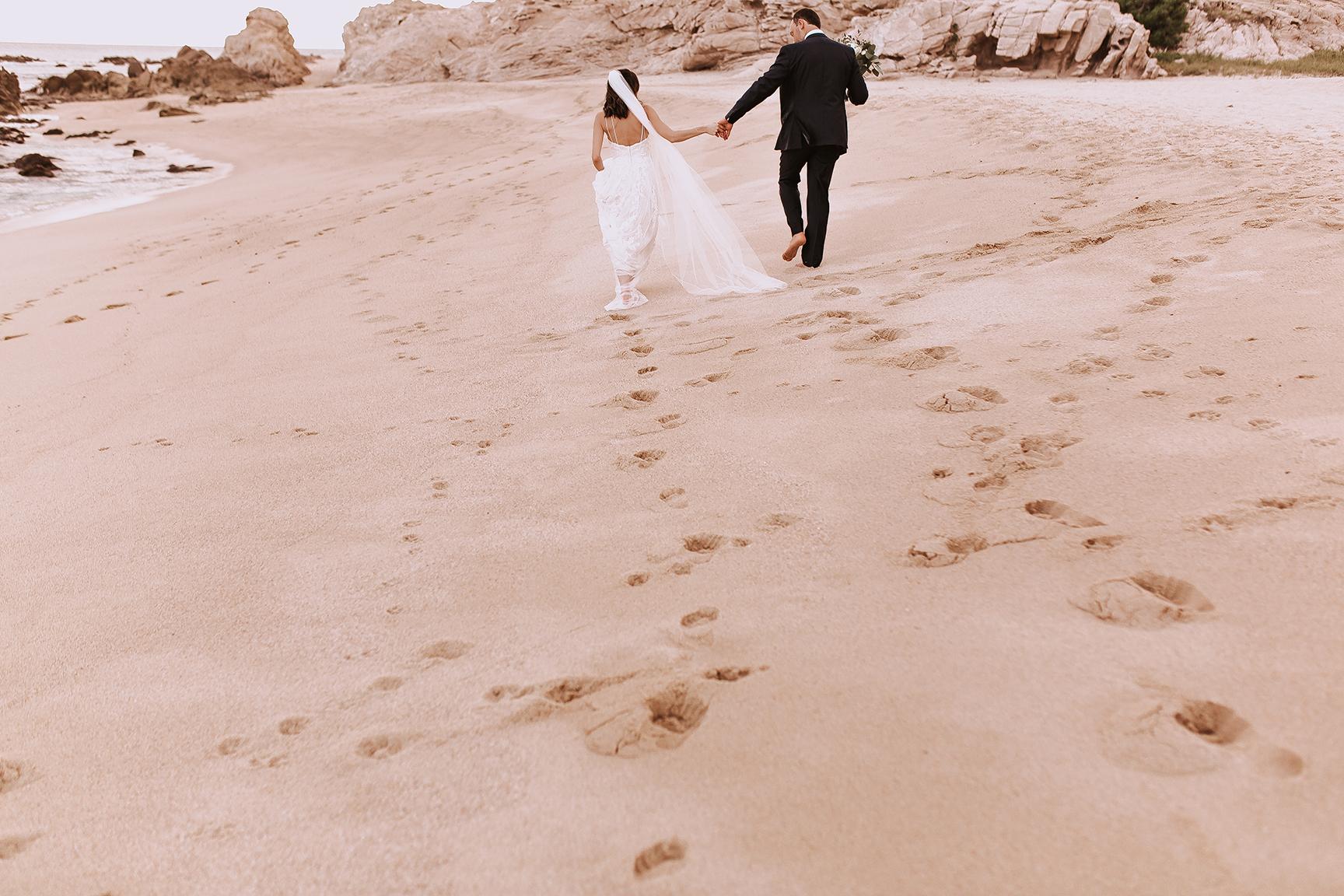 Lindsei+James_cabo_wedding_640.jpg