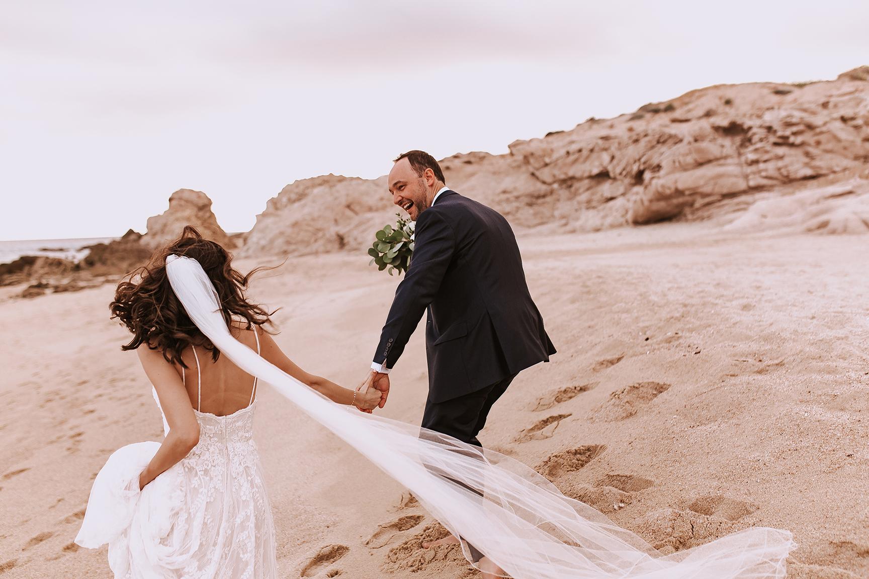 Lindsei+James_cabo_wedding_644.jpg
