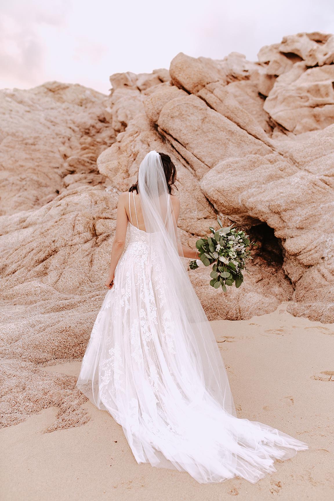 Lindsei+James_cabo_wedding_685.jpg