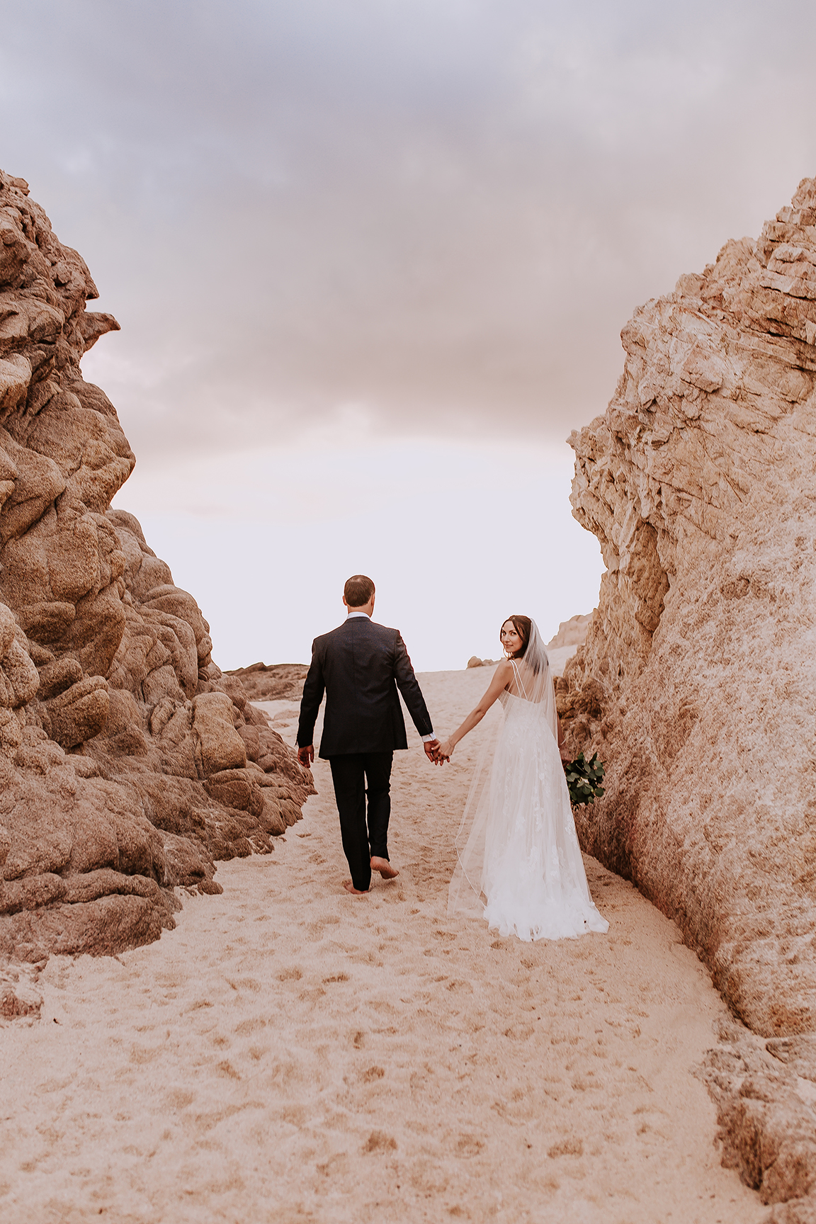 Lindsei+James_cabo_wedding_708.jpg
