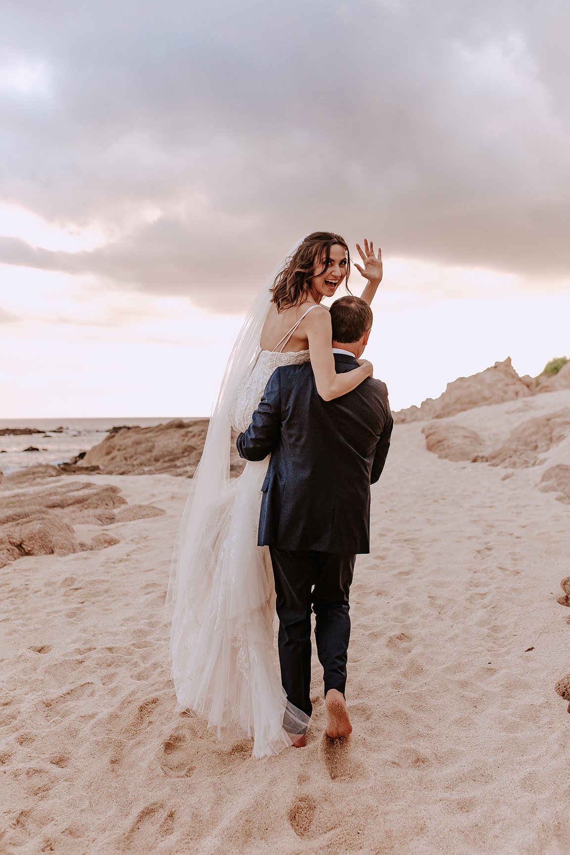 Lindsei+James_cabo_wedding_731.jpg