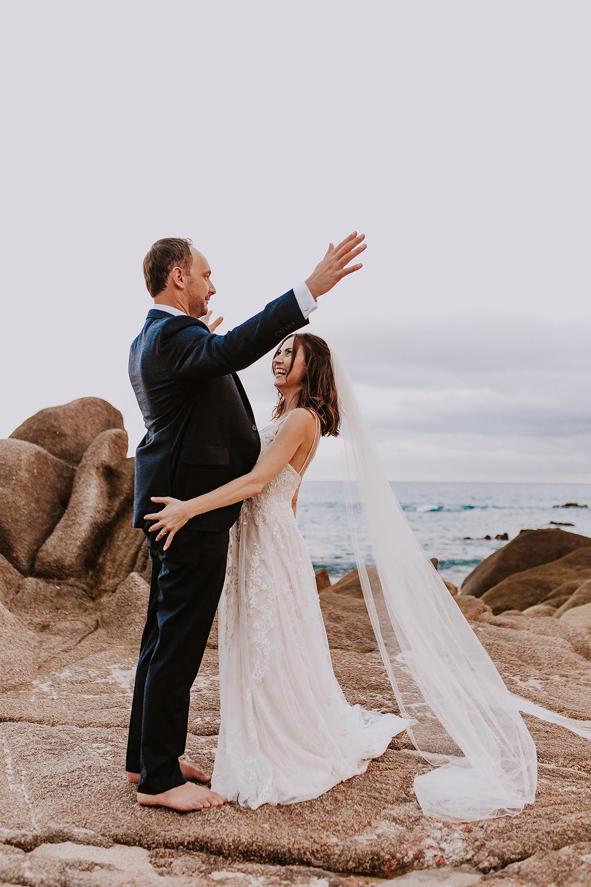 Lindsei+James_cabo_wedding_768.jpg