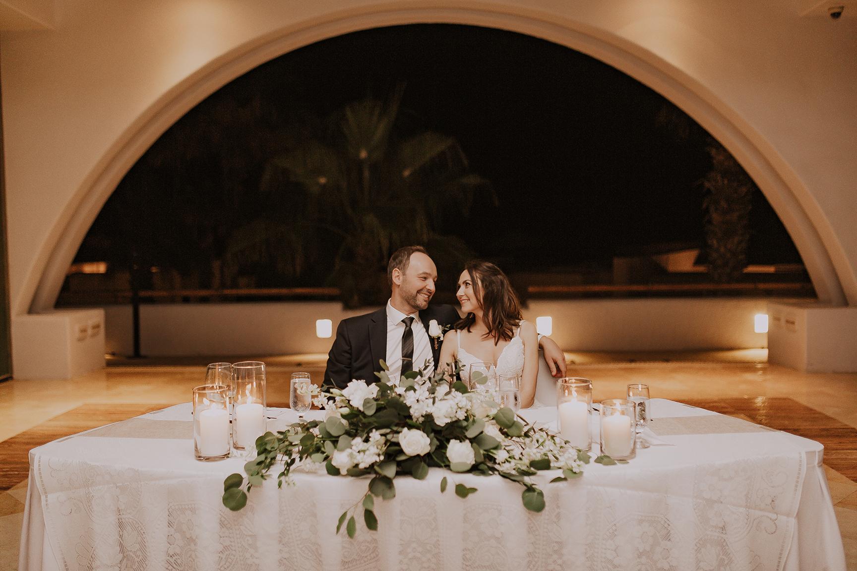 Lindsei+James_cabo_wedding_956.jpg
