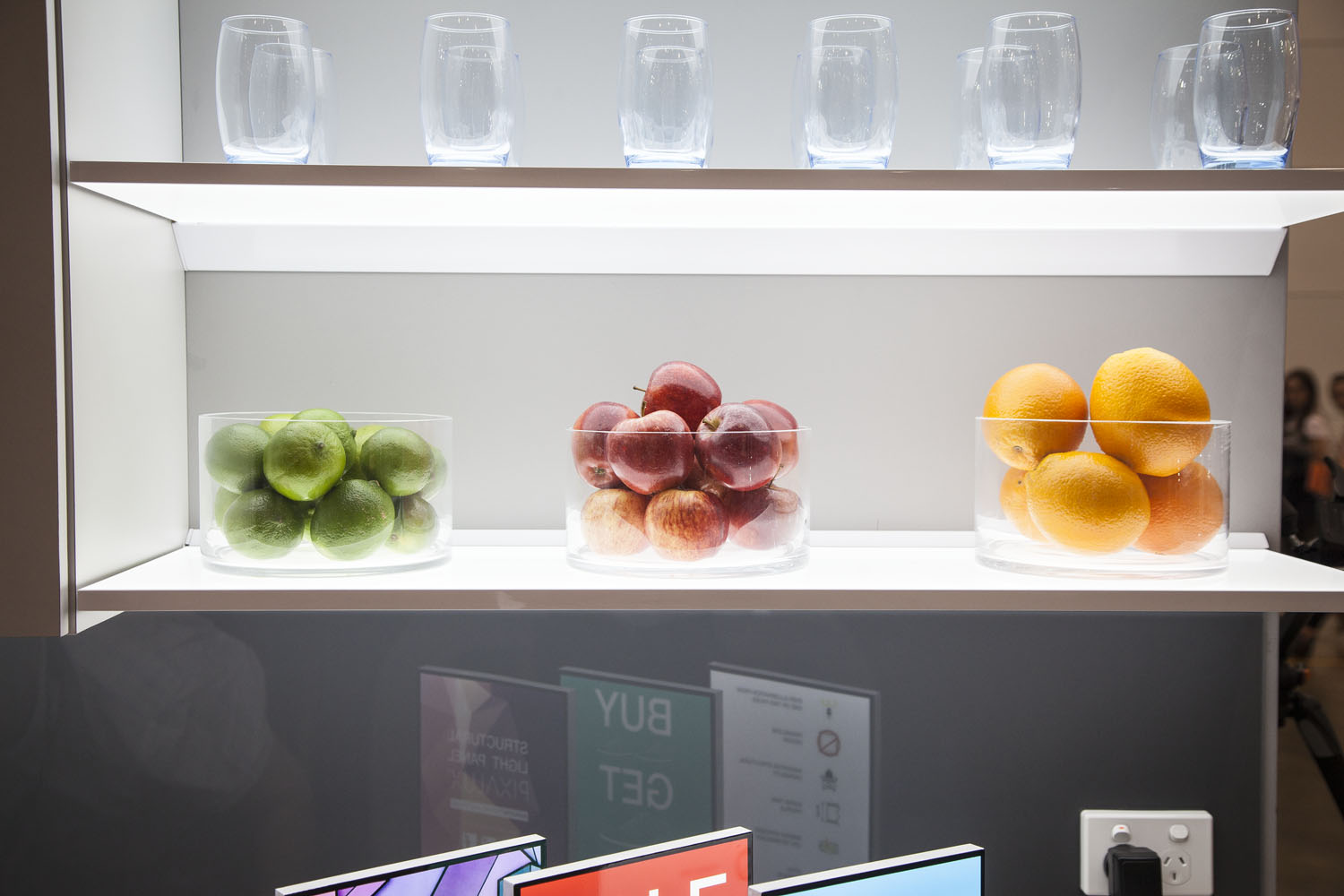 A Pixalux Illuminated Shelf in a kitchen