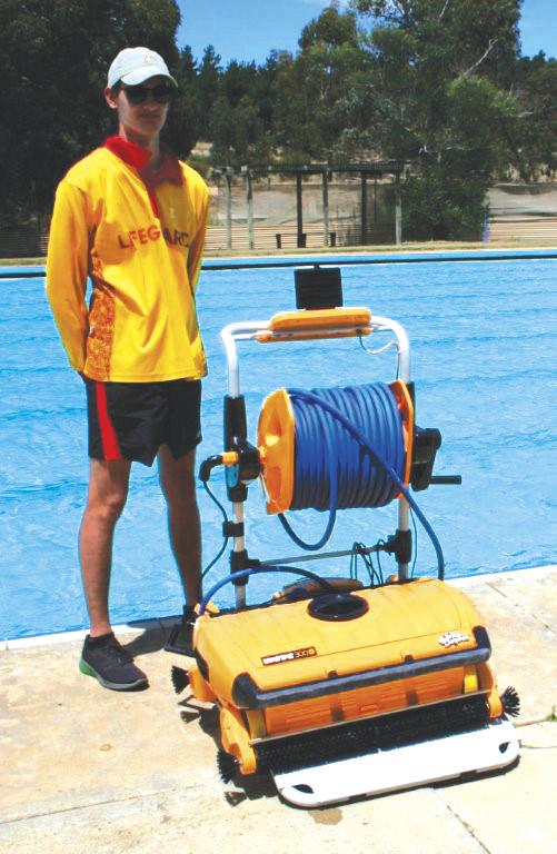 Robotic vacuum - Friends of Beaufort Swimming Pool April 2018 CMYK.jpg