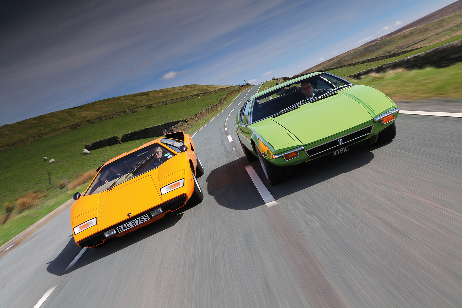 For Sale Fully Restored 1972 De Tomaso Pantera UK.  Images courtesy of Classic & Sports Car Magazine.
