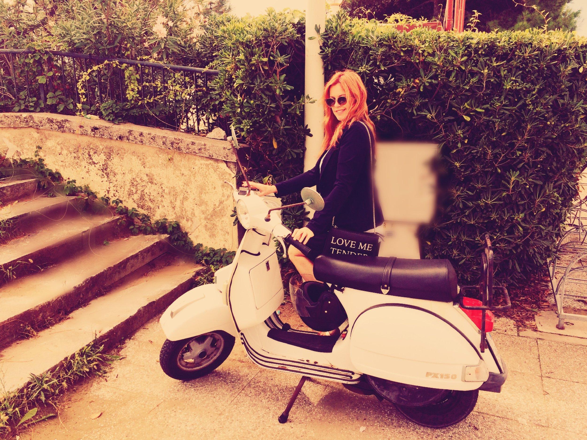 Susie Venice Bike (1).jpg