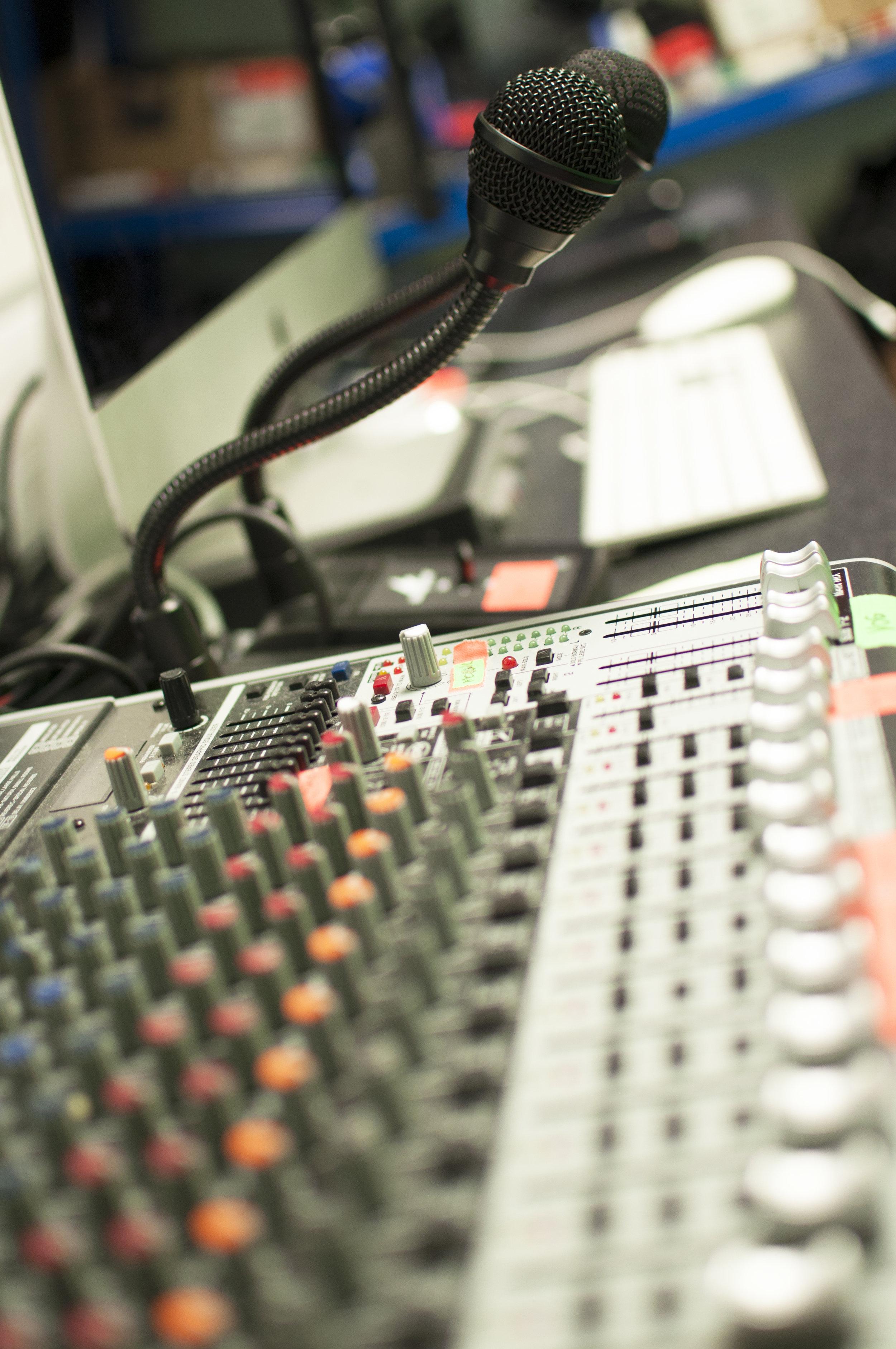 Incisive recording studio 2.jpg
