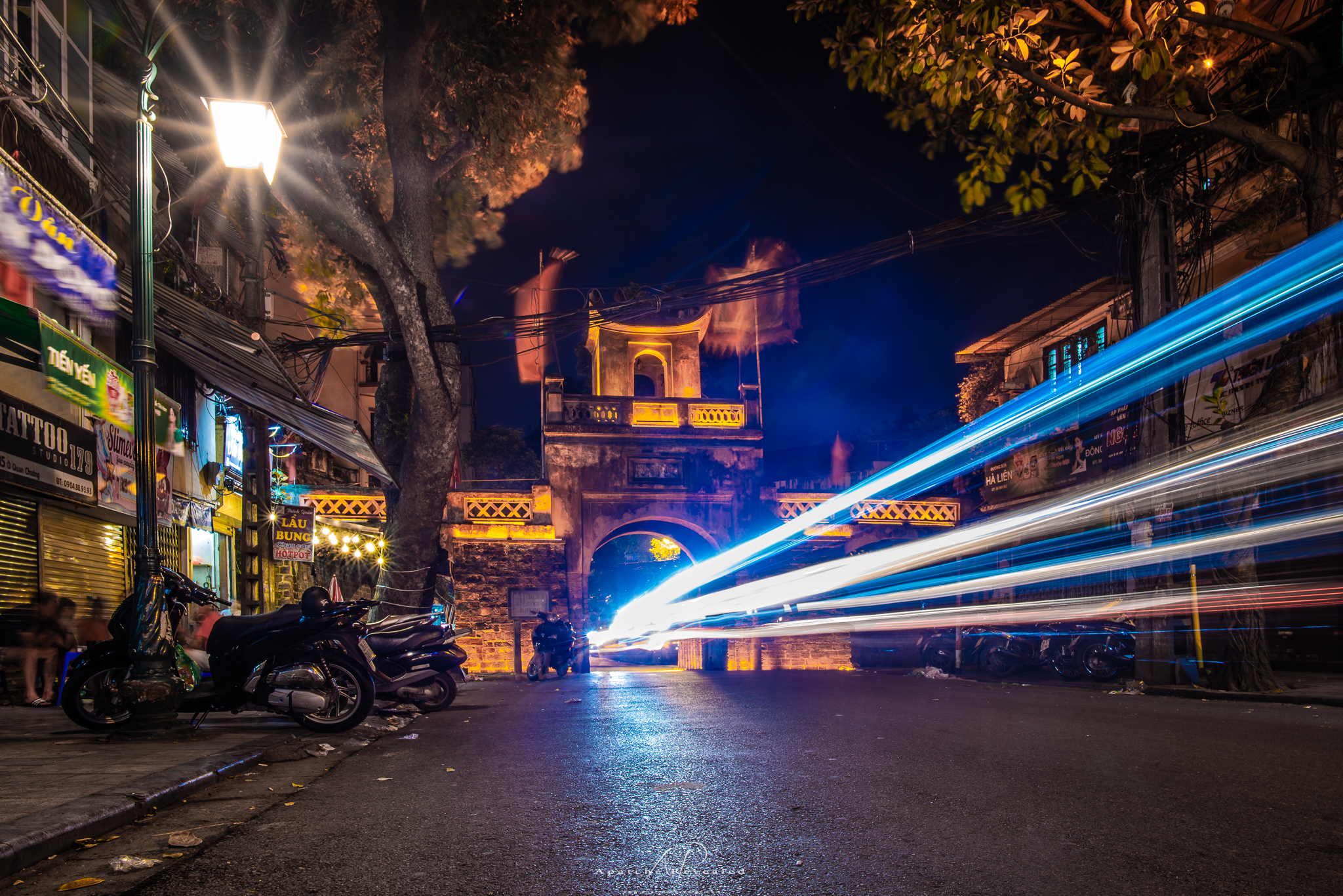 Ha Noi lights