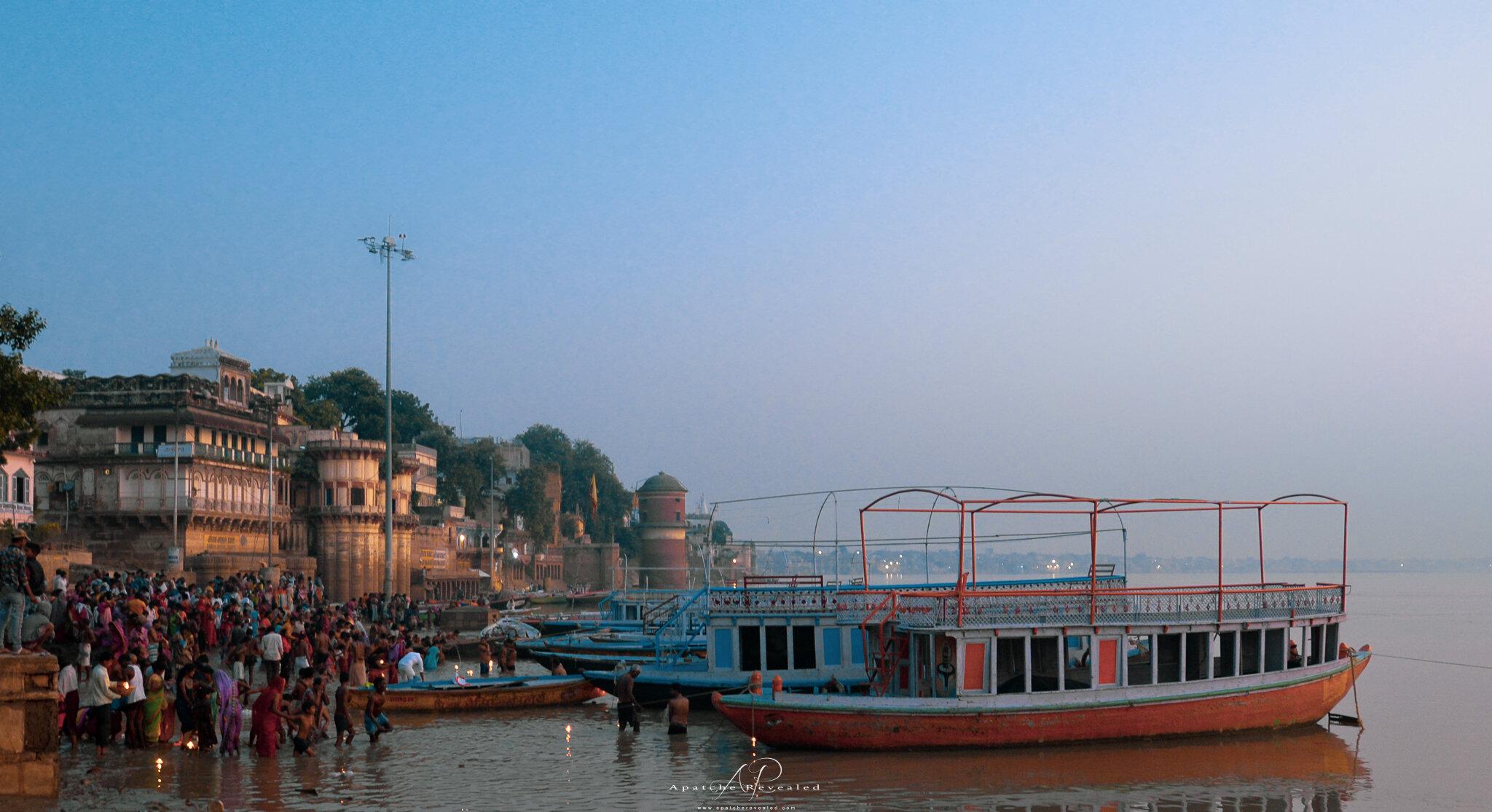 Ganga river Morning.jpg