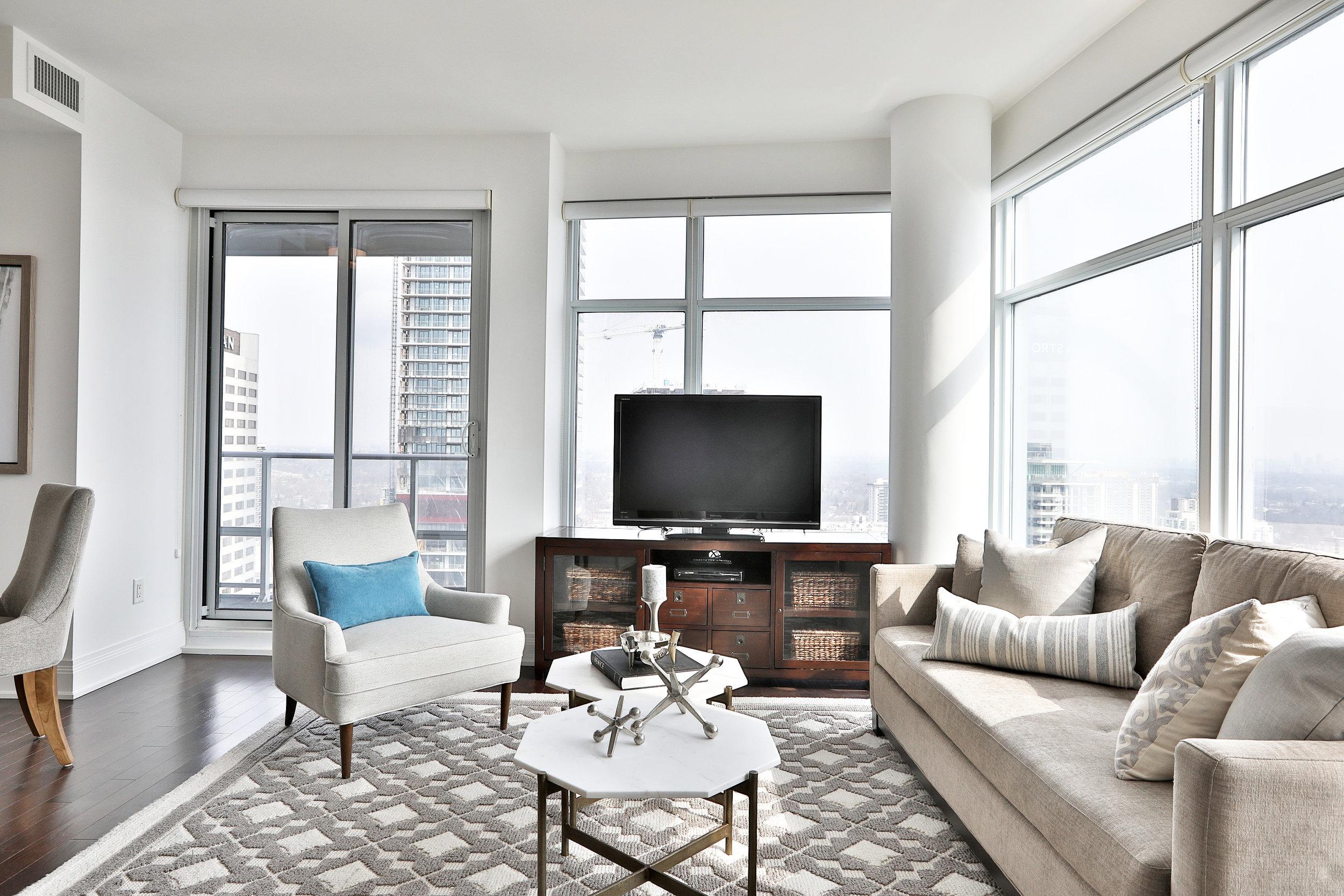 2191 Yonge Street Living Room Slavens Real Estate Toronto.jpg