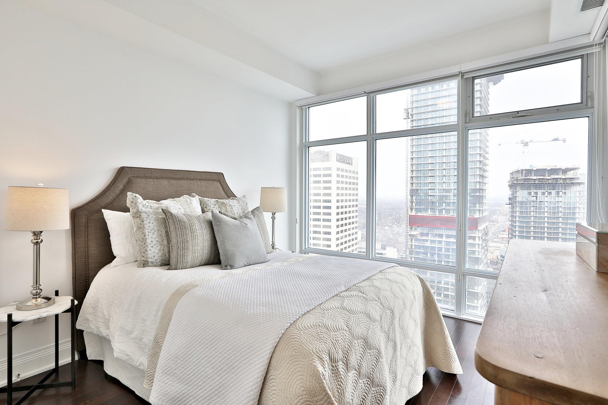 2191 Yonge Street Master Bedroom Slavens Real Estate Toronto.jpg