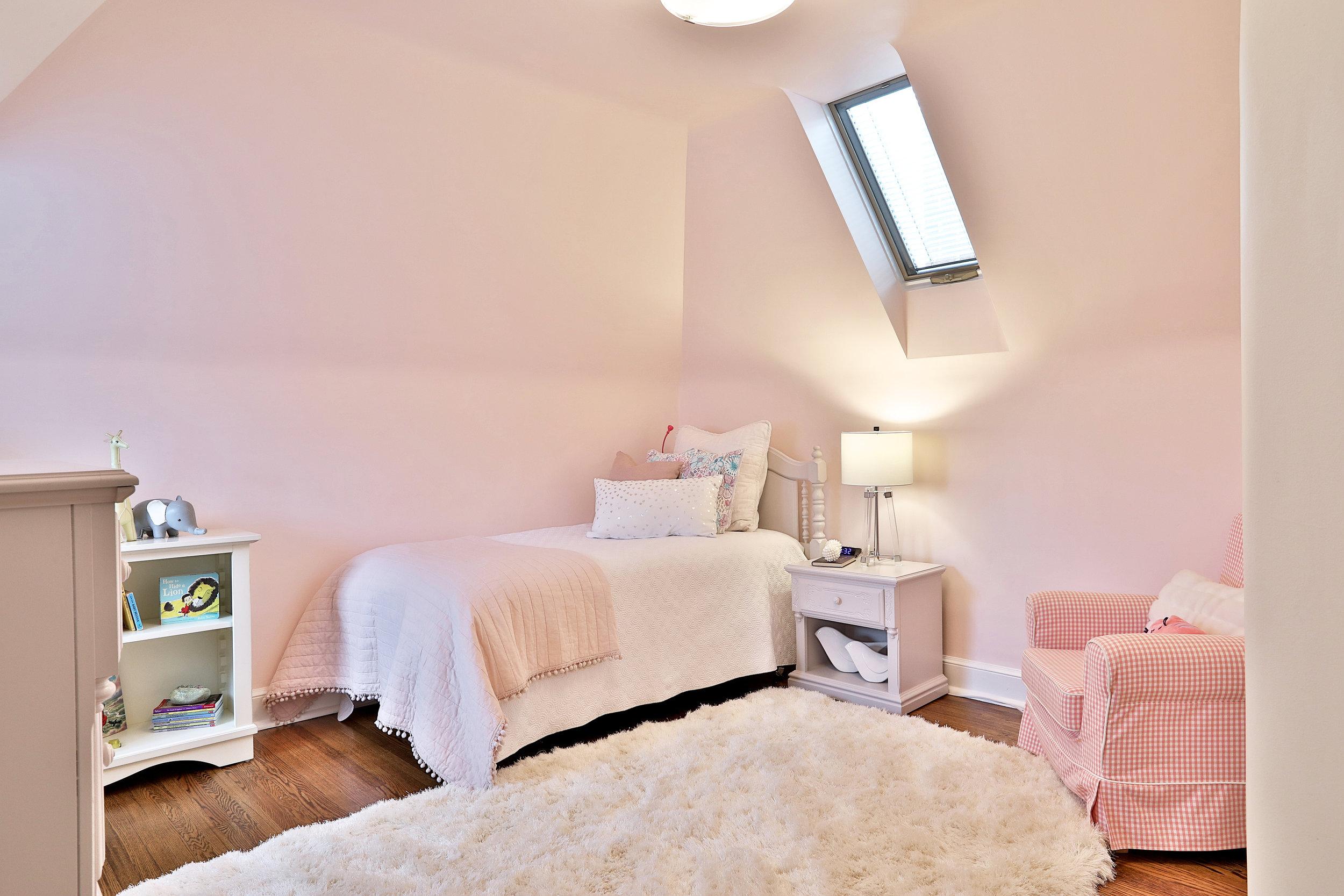 132 Imperial Street Pink Bedroom.jpg