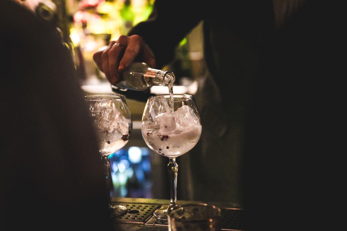 Copy of gin.jpg