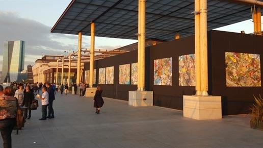 Nicolas-Mannoni-eBoy-Marseille-Terrasses-du-Port.JPEG
