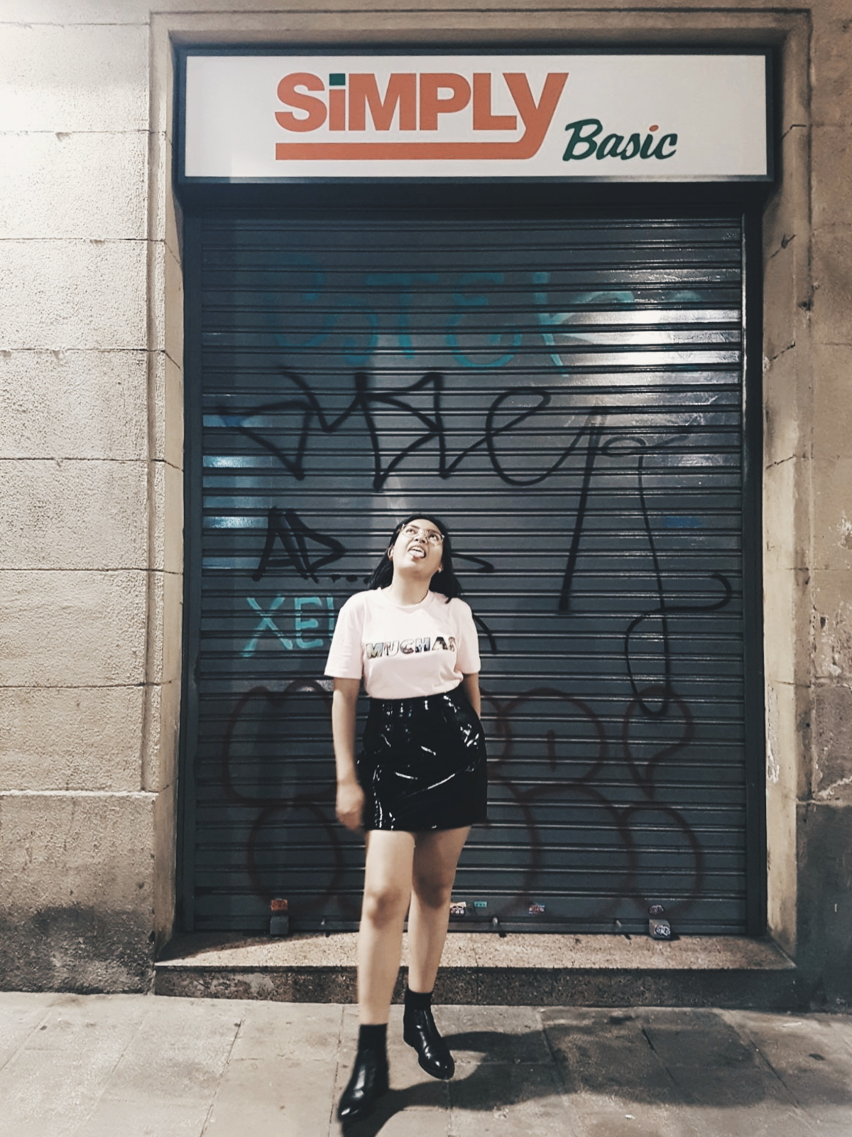 Barcelona - I guess this is the place where I'm happiest with my clothes. Because I was well prepared for this kind of weather. This was the weather that I expected in every other city! Of course I was wrong, but now you can learn from my mistakes I guess.