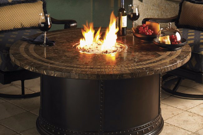 Fire features set the mood for long conversations with friends on the patio or a romantic night under the stars.