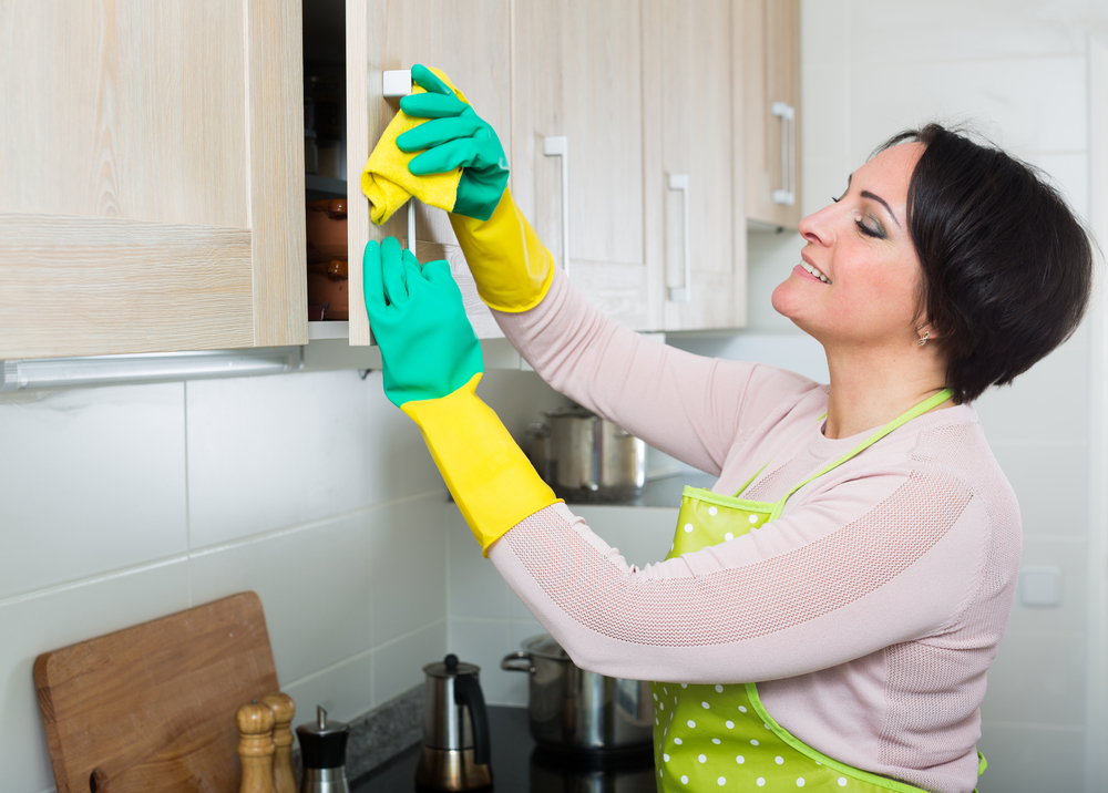 how-to-sanitize-your-kitchen