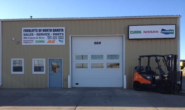 Forklifts in Bismarck. Forklifts in North Dakota. Grand Forks forklifts.