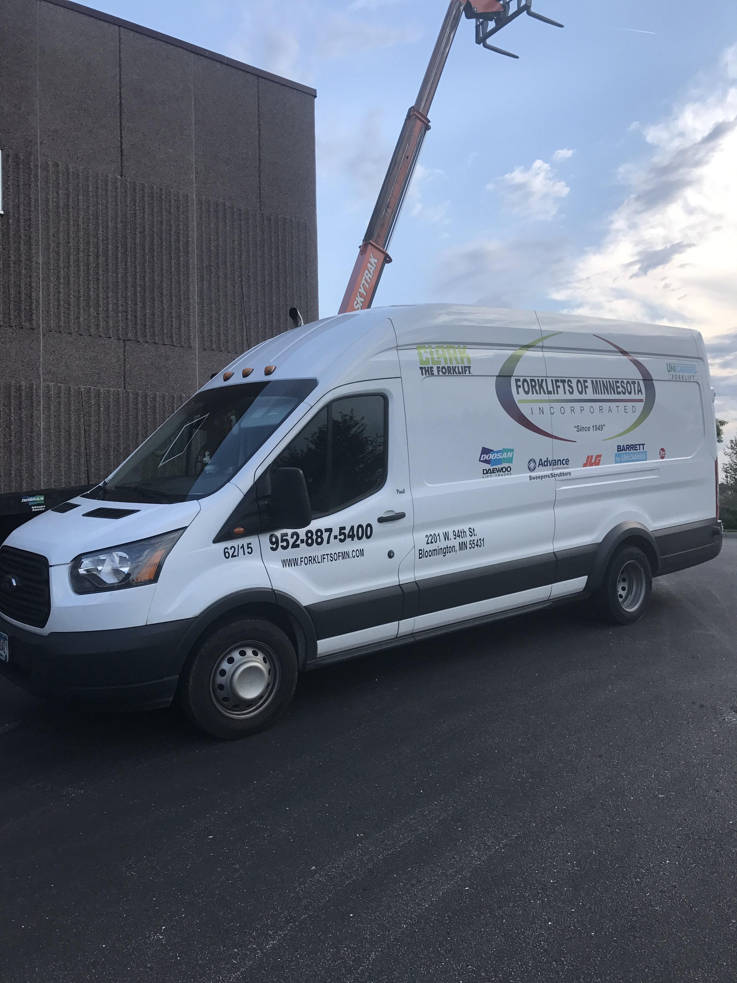 Material handling Service Vehicle