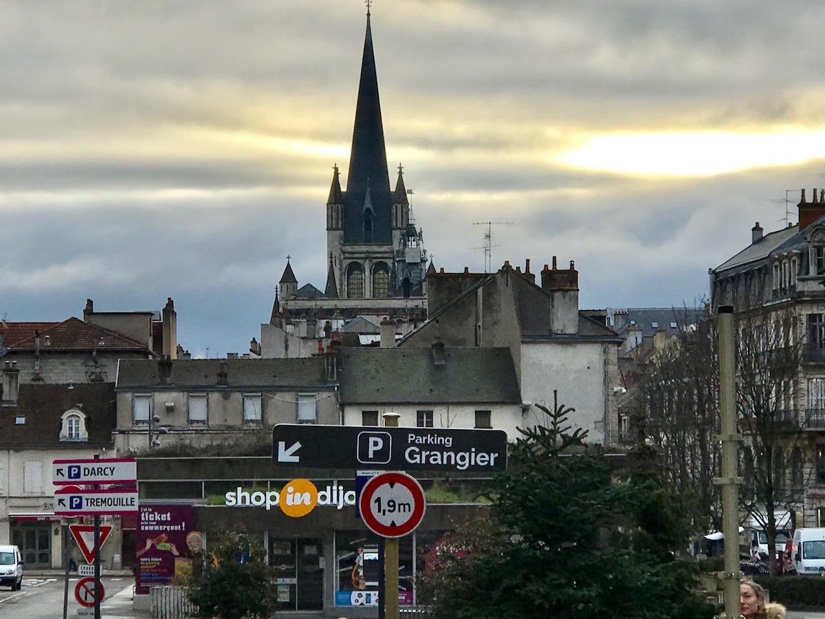 Notre Dame de Dijon, and Parking Grangier