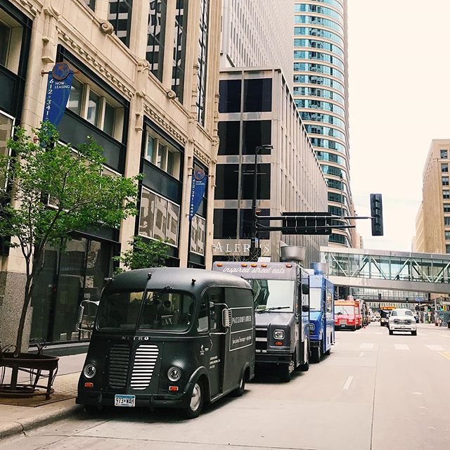 Note to self: When Washington Avenue is filled with construction, be sure to leave twenty minutes earlier. We are out in front of our usual spot today, on 2nd Ave between 6th & 7th. See you soon!