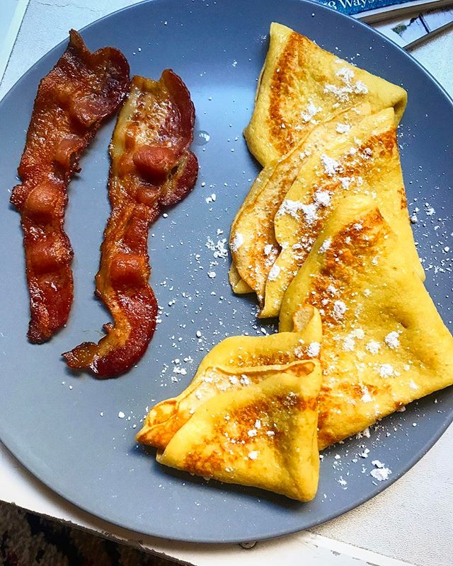 Ooohhhh them Swedish pancakes though.  #sweeeedish  #jaymesplates