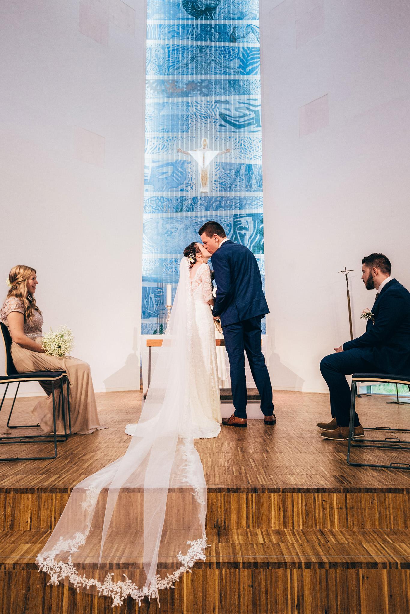 Norway+wedding+photographer+elopement+pre+wedding+Casey+Arneson-39.jpg