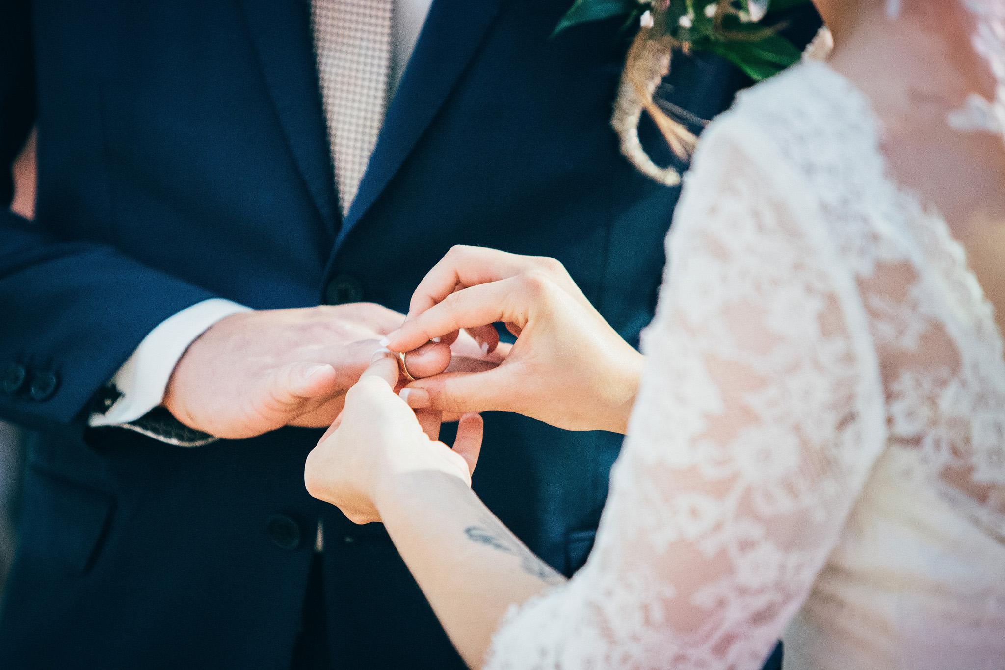 Norway+wedding+photographer+elopement+pre+wedding+Casey+Arneson-41.jpg